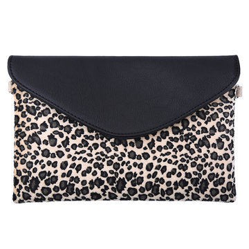 Schouder en clutch leopard creme